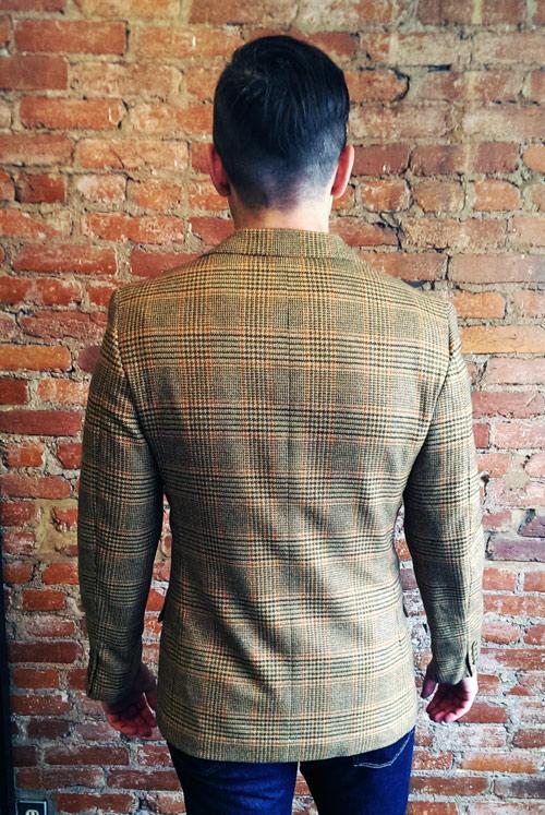 Nick-borrelli-blazer-back-lores